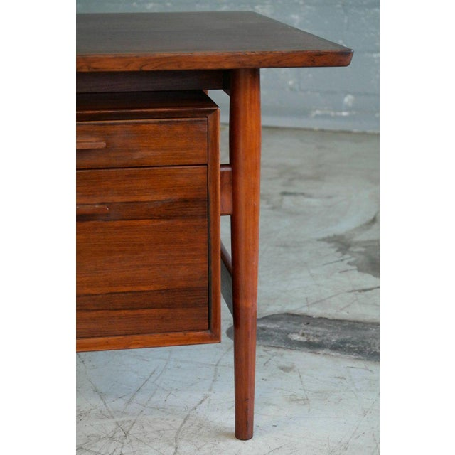 Executive Rosewood Rosewood Desk by Arne Vodder for Sibast From 1950's For Sale In New York - Image 6 of 9