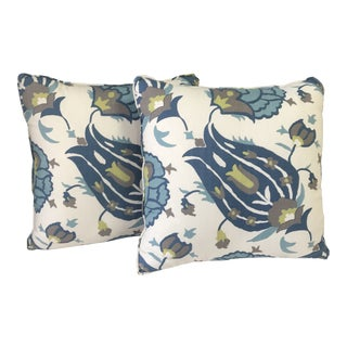 Contemporary Lee Jofa Pillows - a Pair For Sale