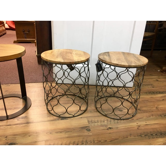 Iron Arabesco Side Table with Mango Wood Top For Sale - Image 11 of 12