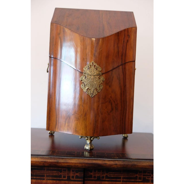 Rosewood Knife Box (Reproduction) Nice inlay, Brass Hardware, Some Faint Lines in Wood This item includes restricted...