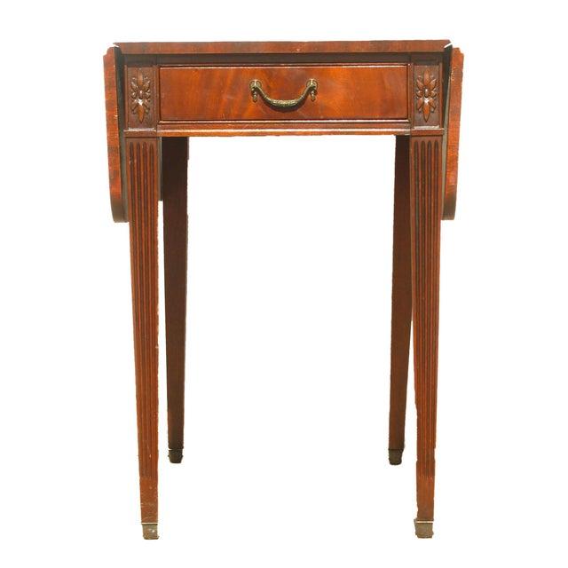 1920s Imperial Furniture Pembroke Mahogany Drop Leaf Table