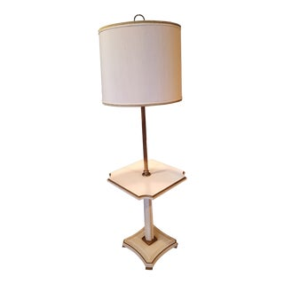 1960s Regency Style Stiffel Table Lamp With Original Shade For Sale