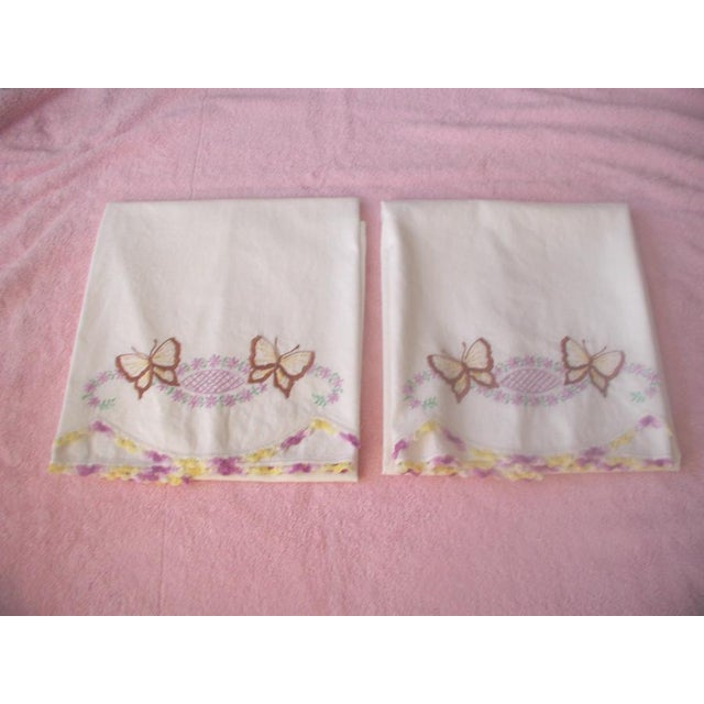 Hand Embroidered Pillow Cases 1940s - A Pair - Image 2 of 7