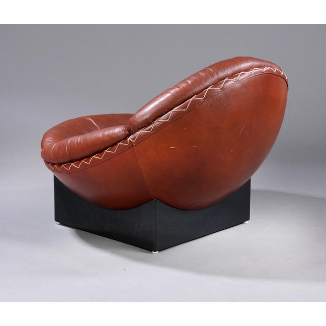 Mid-Century Modern Rare Leather Lounge Chair by Illum Wikkelsø, 1970 For Sale - Image 3 of 7
