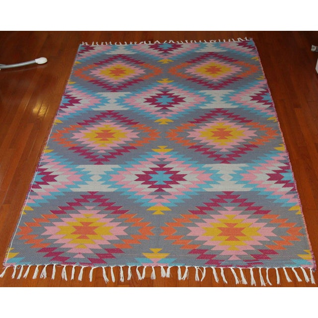 5'3'' x 7'6'' - Fringes not included - Wool Flat Weave Diamond Turkish Kilim Liberate your space with freewheeling...