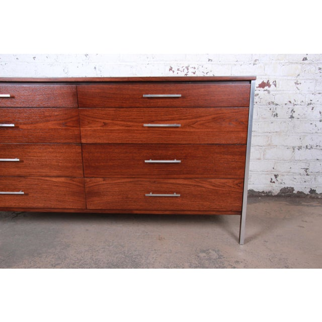 Metal Paul McCobb for Calvin Mid-Century Modern Eight-Drawer Walnut Dresser or Credenza, Newly Restored For Sale - Image 7 of 13