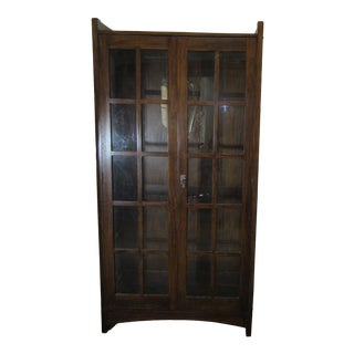 1930s English Arts and Crafts Mahogany Bookcase For Sale