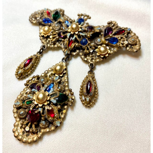 Baroque 1940s Thief of Bagdad Jeweled Brooch For Sale - Image 3 of 9