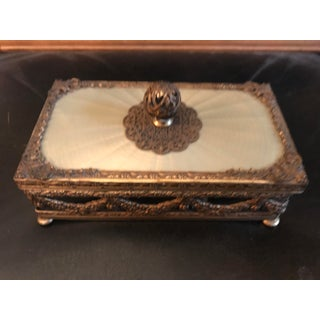 Powder Room Gilded Soap Dish Preview