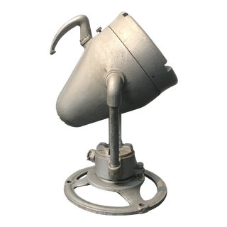 Industrial Design Aluminum Spot Light Floor Lamp For Sale