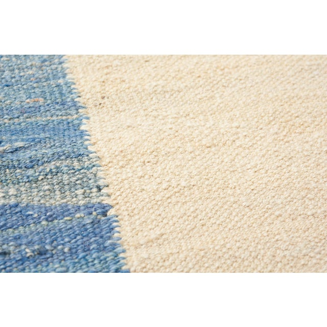 Early 21st Century Schumacher Kilim Area Rug in Hand-Woven Wool, Patterson Flynn Martin For Sale - Image 5 of 7