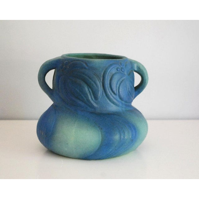 1920s Van Briggle Pottery Turquoise Blue Virginia Creeper Vase For Sale - Image 10 of 10
