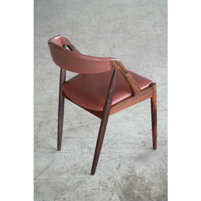 Kai Kristiansen Rosewood and Red Leather Model 31 Dining Chairs - Set of 5 For Sale - Image 12 of 13