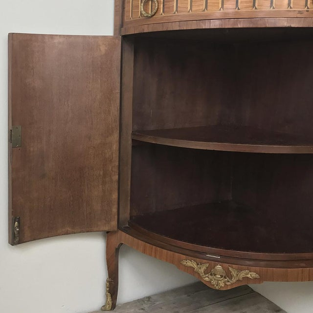 19th Century French Louis XVI Marquetry Marble Top Corner Cabinet For Sale - Image 4 of 13