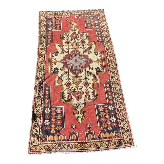 1950s Vintage Turkish Rug - 4′6″ × 9′ For Sale