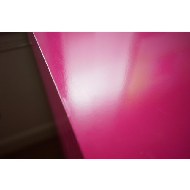 Campaign Lacquered Fuschia Bachelors Chests - a Pair For Sale - Image 11 of 13