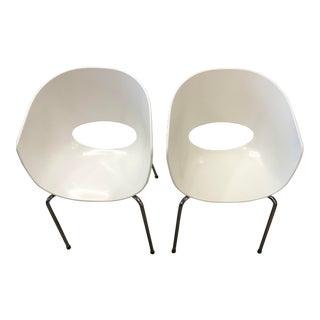 Set of 2 Sintesi Orbit Large Retro White Chairs For Sale