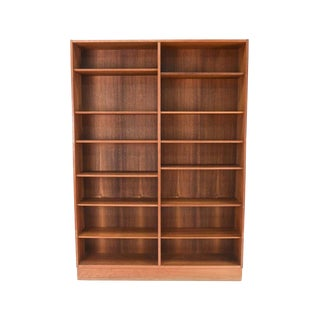 Mid-20th Century Danish Modern Teak Bookcase by Poul Hundevad For Sale
