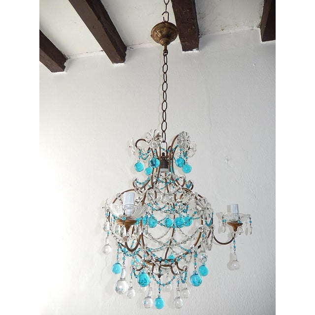 1920s French Blue & Clear Murano Drops Crystal Giltwood Chandelier For Sale - Image 10 of 13