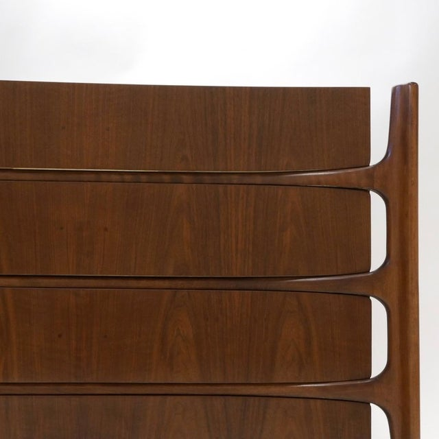 1960s Sculptural William Hinn for Urban Furniture Scandinavian 4 Drawer Walnut Chest For Sale - Image 5 of 11
