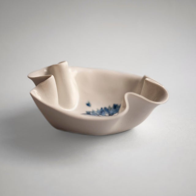 Contemporary Cornflower Primavera Porcelain Bowl For Sale - Image 3 of 10