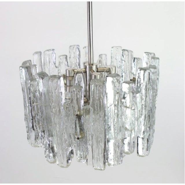 Mid-Century Modern 1960s Large Murano Ice Glass Chandelier by Kalmar, Austria, 1960s For Sale - Image 3 of 9