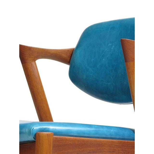 Six Kai Kristiansen Teak Danish Dining Chairs in Turquoise Leather, 20 Available For Sale - Image 10 of 11