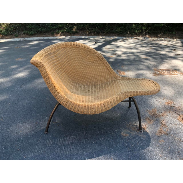 Wicker Vintage Modern Wicker Chaise Lounge For Sale - Image 7 of 7
