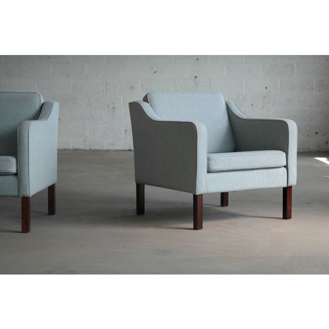 Børge Mogensen Model 2421 Style Danish Lounge Chairs in Cornflower Blue Wool For Sale - Image 9 of 13