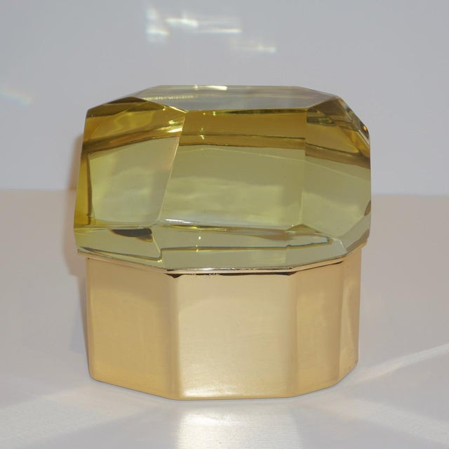 Gold Toso Italian Modern Diamond-Shaped Gold Murano Glass and Brass Jewel-Like Box For Sale - Image 8 of 10