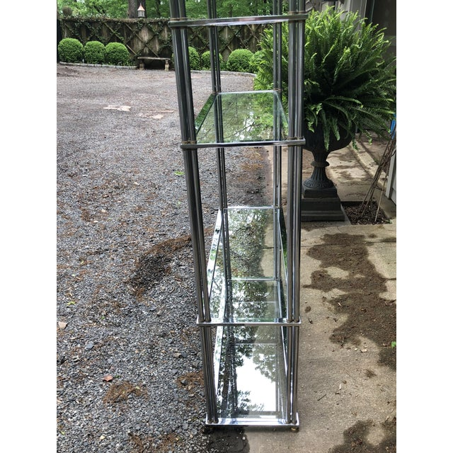 1960s Billy Baldwin Style Pagoda Design Top Polished Nickel and Brass Etagere For Sale - Image 5 of 8