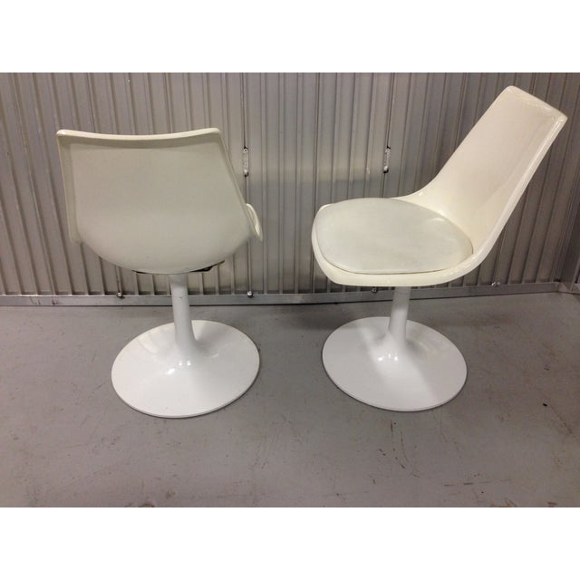 Mid-Century Modern Krueger Tulip Chairs - Pair For Sale In Miami - Image 6 of 8