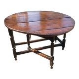 Image of Early 18th Century Dark Oak Gate Leg Table For Sale