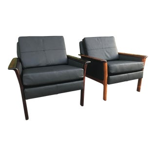 Mid Century Vintage Hans Olsen Danish Rosewood and Leather Lounge Chairs- A Pair For Sale