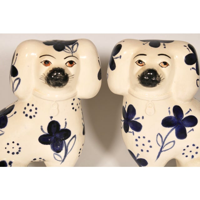 Staffordshire Antique Blue and White Staffordshire Dogs - a Pair For Sale - Image 4 of 12