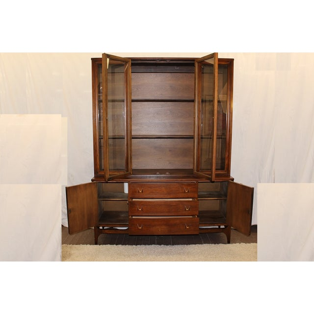 Mid Century Modern Broyhill Brasilia China Cabinet For Sale - Image 9 of 9