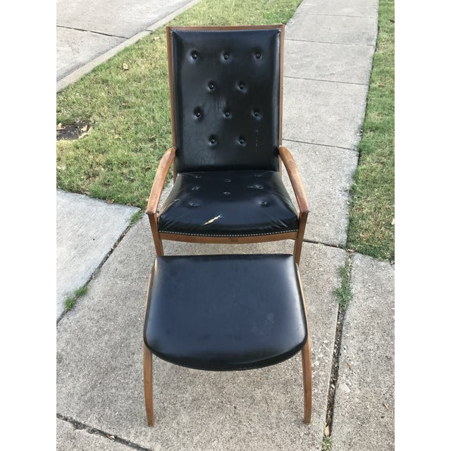 Danish Modern Barney Flagg for Drexel Mid-Century Modern Parallel Chair and Ottoman For Sale - Image 3 of 8