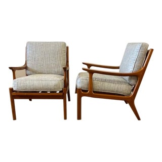Lb Kofod Larsen Style Lounge Chairs - a Pair For Sale