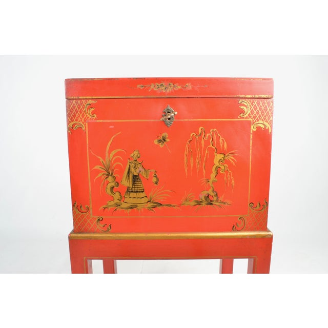 Chinoiserie Box on Stand For Sale - Image 11 of 13