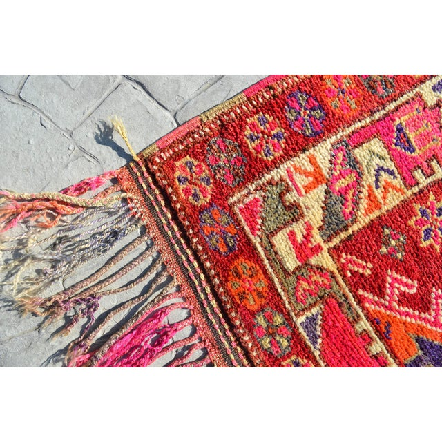 Heterodox Kurdish Runner Herki Rug. Hand-Knotted Colorful Tribal Long Runner - 3′1″× 15′6″ For Sale - Image 10 of 12