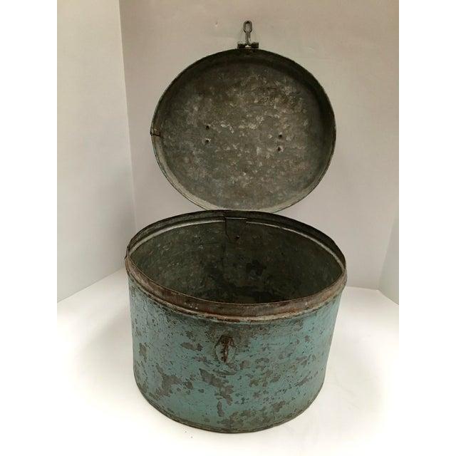 Vintage Painted Metal Oval Hat Box - Image 3 of 8