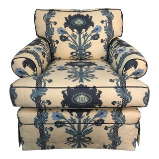Traditional Quadrille Ecru and Blue Upholstered Club Chair