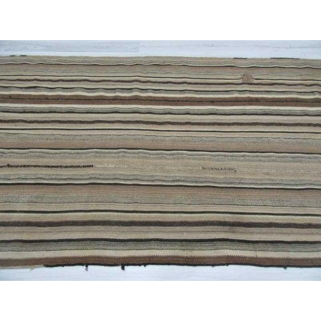 Vintage Turkish Natural Striped kilim Rug- 5′6″ × 11′ For Sale - Image 4 of 6