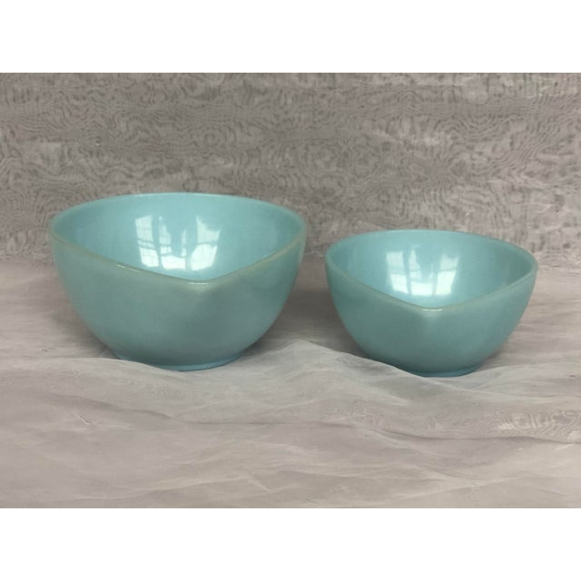 Robin's Egg Blue Mid-Century Modern Anchor Hocking Glass Nesting Bowls - a Pair For Sale - Image 8 of 12