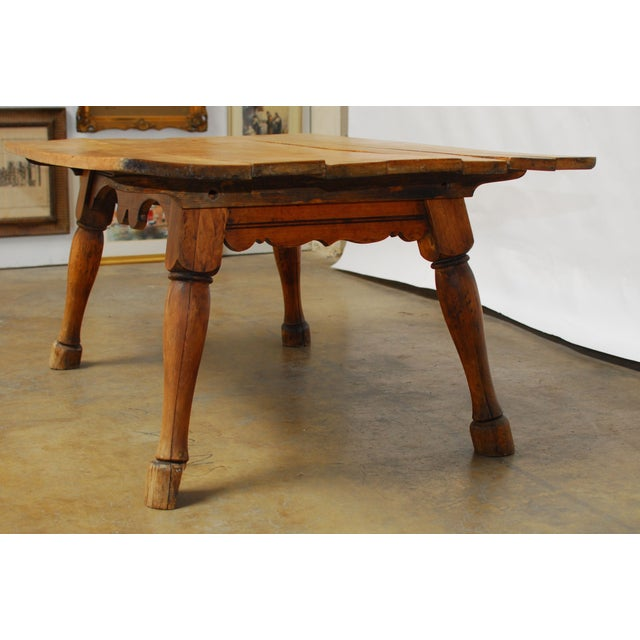 19th century english tavern table with horse legs chairish for Table th width ignored