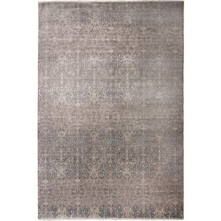Transitional Hand-Knotted Luxury Rug - 8′ × 10′ For Sale
