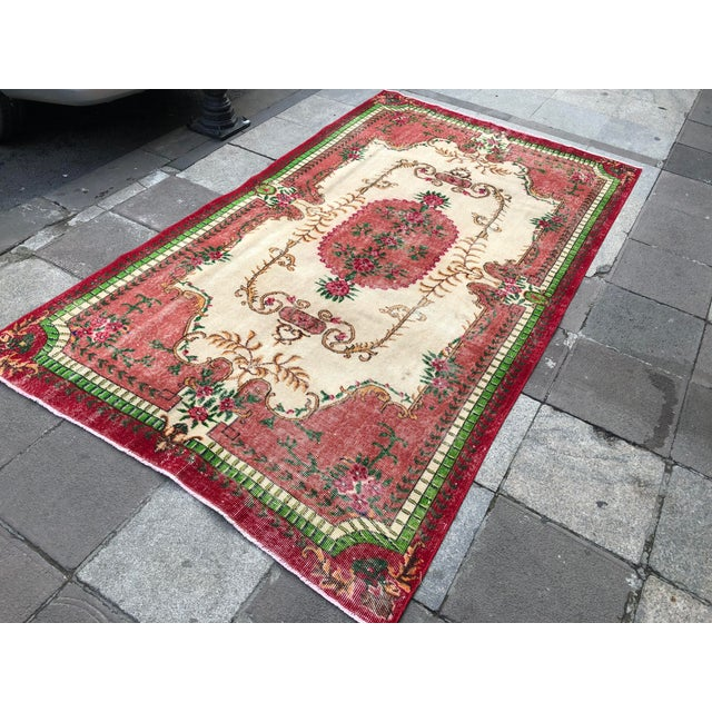 1960s 1960s Vintage Turkish Rug - 5′4″ × 9′2″ For Sale - Image 5 of 10