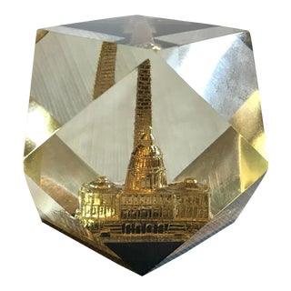 Mid Century Washington, DC Lucite Paperweight For Sale