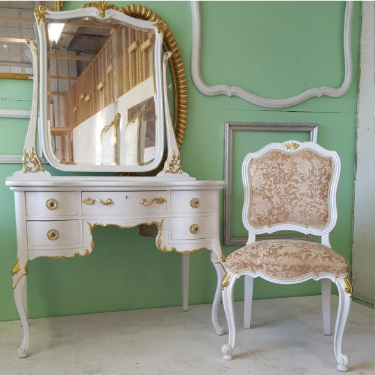 Antique White Makeup Vanity With Mirror & Chair - Image 3 of 5