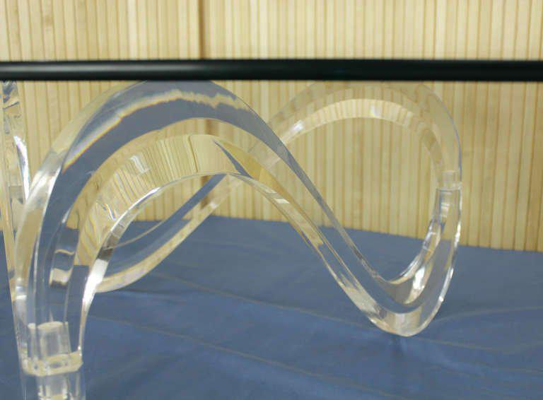 Mid Century Modern Kidney Shaped Glass Top Lucite Base Coffee Table For  Sale